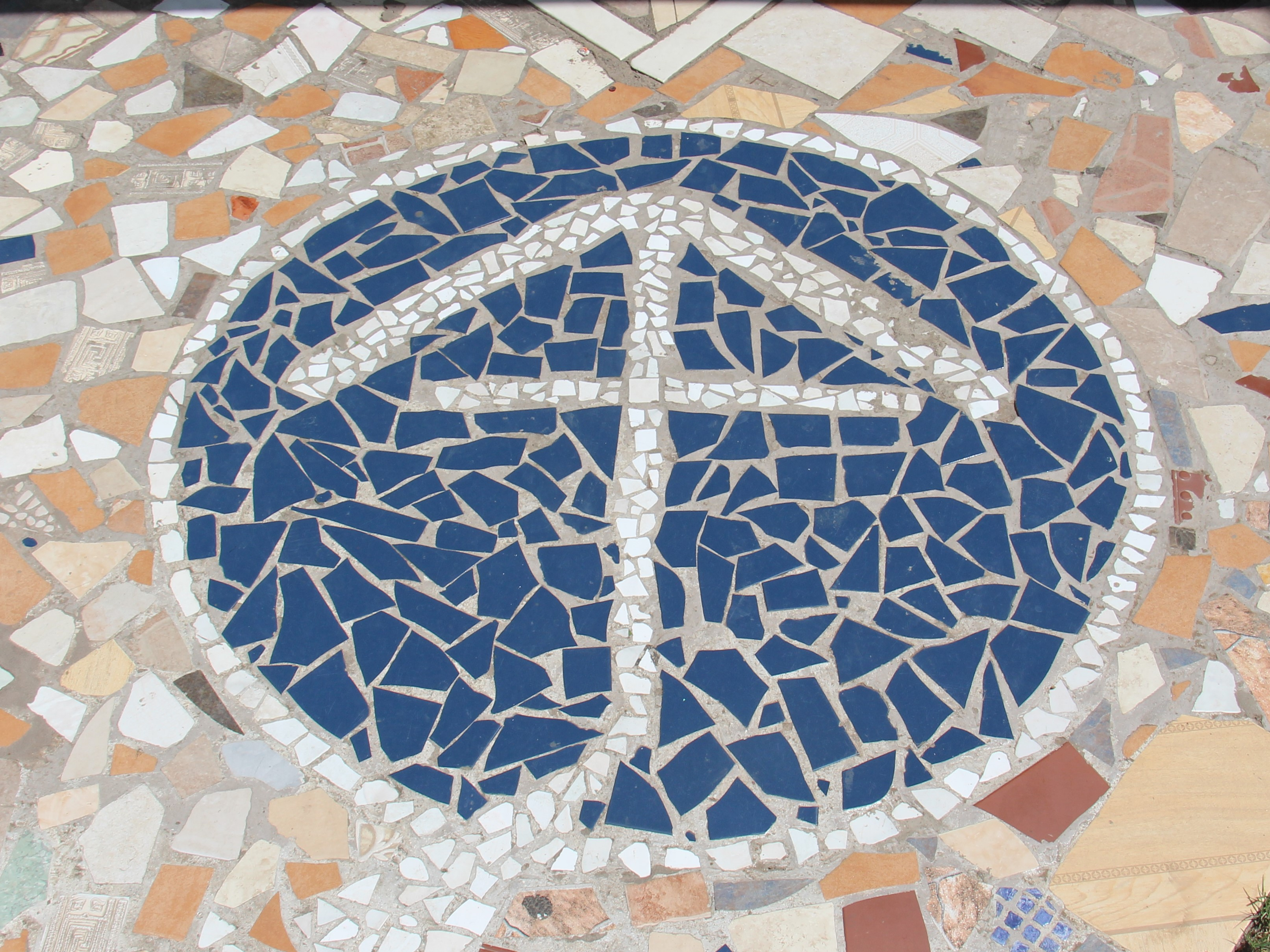 tiles, apostolate, MSC, logo